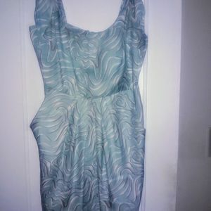 DRESS BAR III BLUE AND WHITE SIZE 6